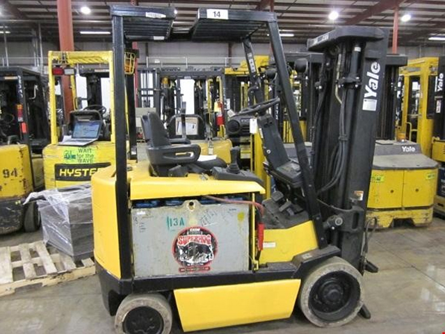 Used Yale 4 Wheel Electric Forklift