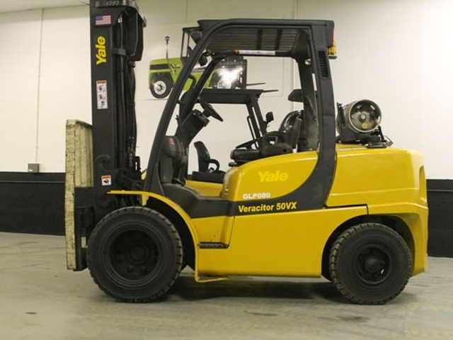 Used Yale Pneumatic Tire Forklift