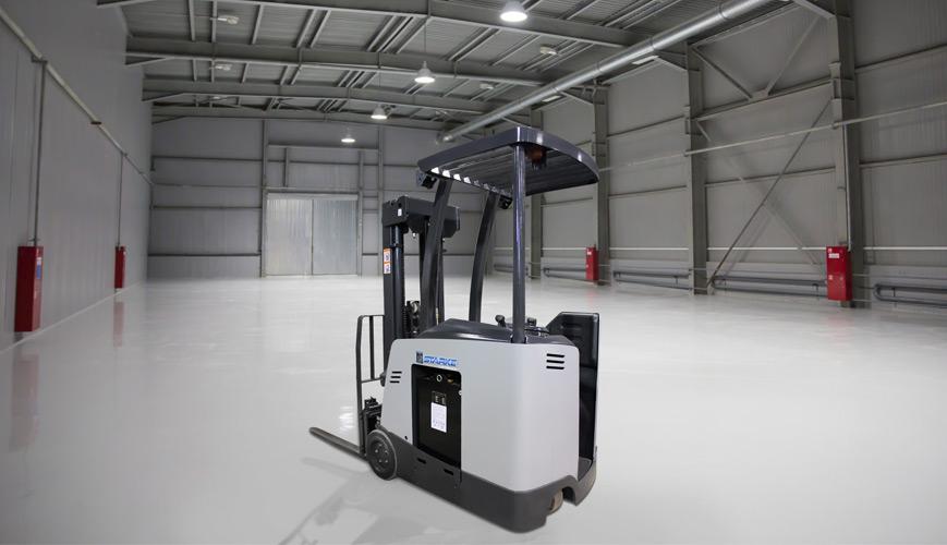 Starke Narrow Aisle Forklift